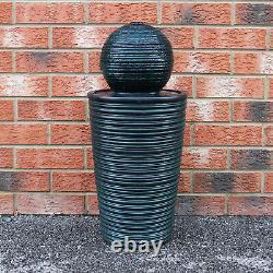 Caractéristiques De L'eau Fontaine Solar Powered Outdoor Garden Black Standing Ball Patio